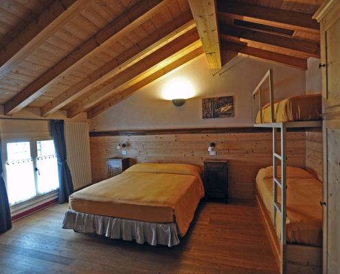Camera dell'agriturismo il Maggiociondolo di Schio in Provincia di Vicenza